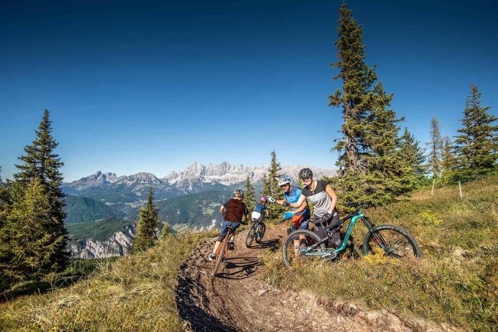 Rasante Talfahrt mit dem Mountainbike