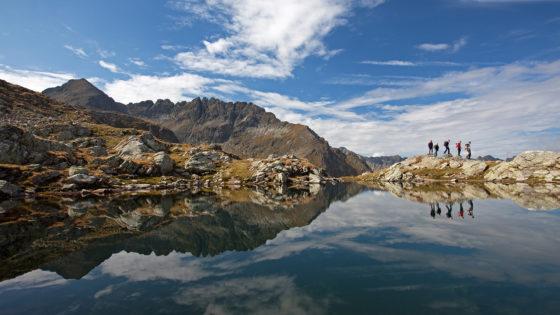 Wunderschöne Spiegelung im Bergsee